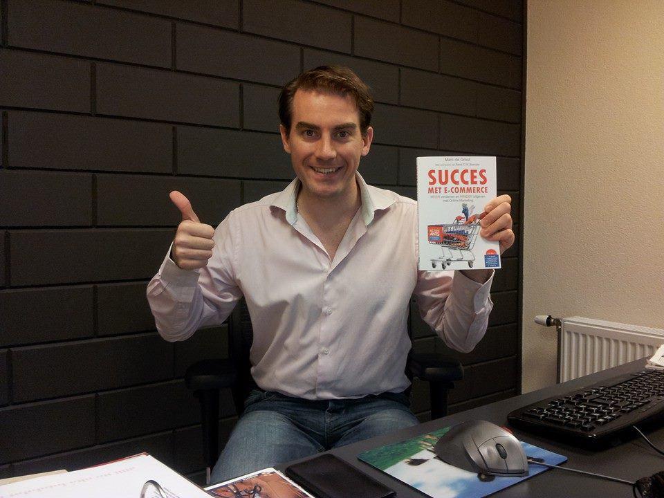 Het boek Succes met E-commerce waar Christian co-auteur van is. Hij heeft het hoofdstuk over content marketing geschreven